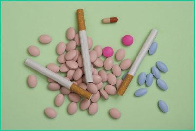 Некоторые лекарственные препараты негативно воздействуют на тонус кардии, так же и курение