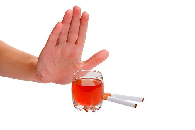 Первым шагом к лечению бульбита - отказ от вредных привычек