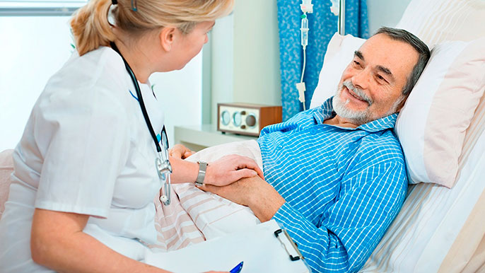 При тяжелых формах панкреатита больного госпитализируют