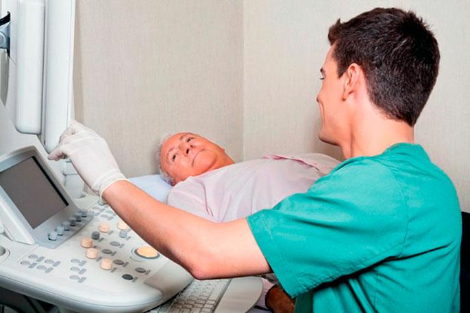 При подозрение на хронический панкреатит в первую очередь необходимо сдать анализ крови