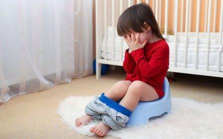 Понос у ребенка без