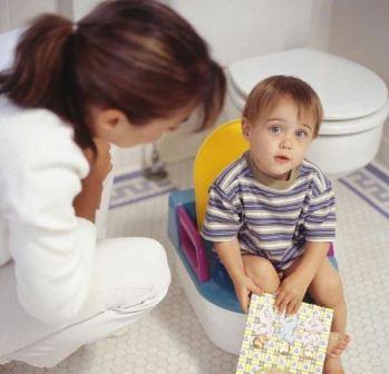Что делать при запоре у ребенка после приема антибиотиков